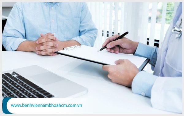 Bán hẹp bao quy đầu: Nguyên nhân, Biến chứng và Cách điều trị
