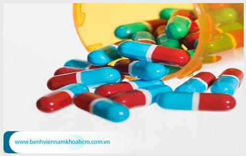 Viêm đường tiết niệu nam giới uống thuốc gì thì khỏi ?